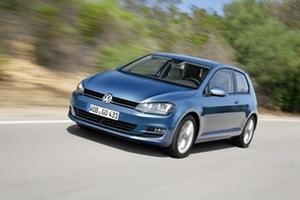 По итогам года Volkswagen Golf нового поколения отмечен двумя десятками наград