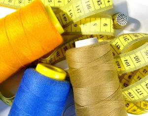 """Широкий спектр услуг от мастерской по пошиву и ремонту одежды """"Золушка"""""""