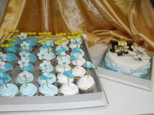 Свадебные пирожные.