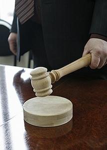 """Взыскивая со страховых компаний ущерб при ДТП потерпевший вправе применять положения Закона """"О защите прав потребителей"""""""