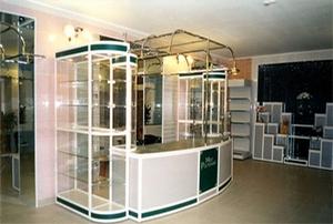 """Оснащение нового магазина: изготовление торгового оборудования в Тюмени """"под ключ"""""""