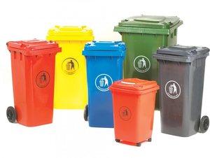 Большой ассортимент контейнеров для мусора