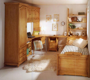 Магазин мебели из дерева