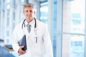 Хирург-онколог ведет прием. Записывайтесь!