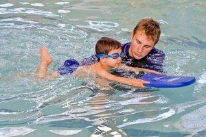 Обучение плаванию с опытным тренером!