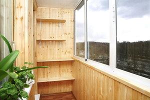 Заказать внутреннюю и наружную отделку балкона в Орске