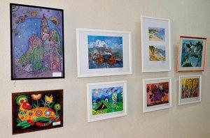 Выставка детских художественных работ