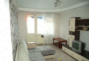 Продам 3-к квартиру, Новгородская, 1б