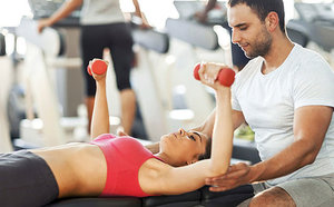 Эффективные тренировки для похудения под присмотром тренеров