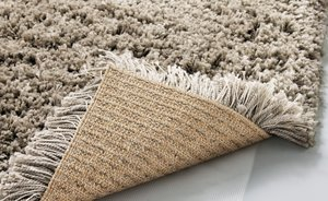 Длинноворсовые ковры: где купить, как выбрать и ухаживать