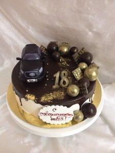 Торт на совершенолетие для молодого человека