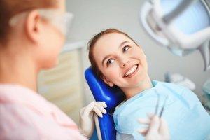 Реставрация зубов с использованием различных методов
