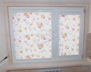 """Свежие фотографии наших работ с рулонными шторами системы """"Уни"""" из ткани с цветочным рисунком"""