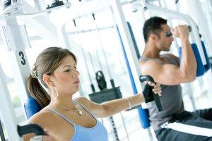 Приглашаем на тренировки в тренажерном зале!