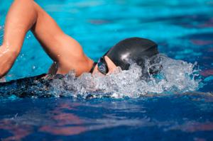 Безопасные занятия в бассейне с лучшими инструкторами!
