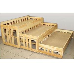 Поступили в продажу кровати детские 3-х ярусные раздвижные из массива дерева по оптовой цене.
