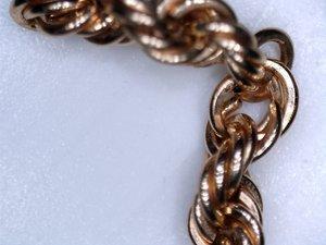 В г. Краснодаре независимым экспертом Центра КРДэксперт проведена товароведческая экспертиза золотой цепочки.