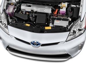 Контрактные двигатели Тойота можно купить и установить в одном месте!