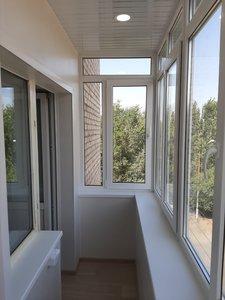 Комплексное решение - остекление и отделка балкона