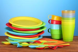 Купить пластиковую посуду от производителя по низкой цене