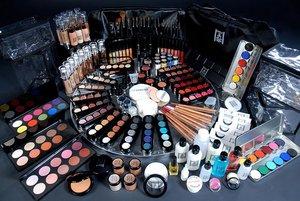 Распродажа профессиональной декоративной косметики Make-up Atelier Paris. Скидки до 50%
