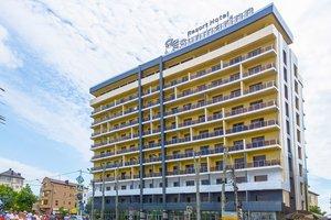 """Туроператор Меридиан рекомендует! Курортный отель """"Sunmarinn Resort Hotel All inclusive"""" (Краснодарский край / г. Анапа) от 2090 руб! Наш тел 211-11-55, 211-11-77"""