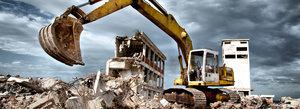 Опытные работники проведут демонтаж зданий