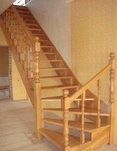 Перила для лестниц из твердых пород дерева