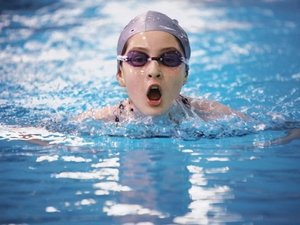 Занятия по плаванию в бассейне Ква-Ква
