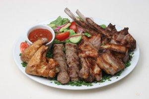 Кафе Мангал в Вологде - разнообразие мясных блюд!