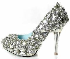 Инкрустация кристаллами Swarovski – модно и красиво