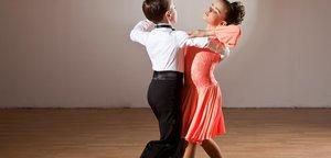 Открыта запись в секции танцев для детей