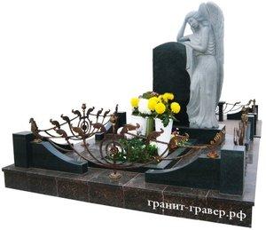 Художественная гравировка на памятниках в Орске. Гранитные памятники в Орске. Заказать памятники в Орске