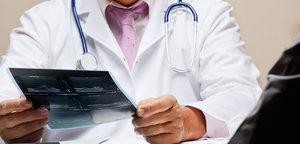 Приём врачей специалистов: невролог, ревматолог, онколог