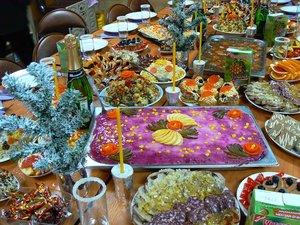 Новогодняя доставка еды в Кемерово – где сделать заказ?