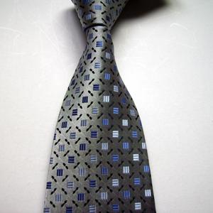 Купить галстук в салоне BOSTON. Советы по выбору галстука и модные тенденции
