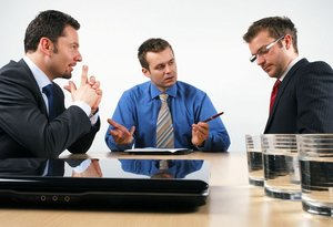Оказываем помощь в урегулировании корпоративных конфликтов
