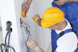 Монтаж электропроводки - предоставляем профессиональную помощь!