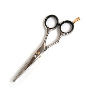 Профессиональные парикмахерские ножницы
