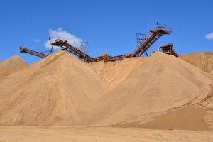 Песок строительный по низкой цене. Обращайтесь!