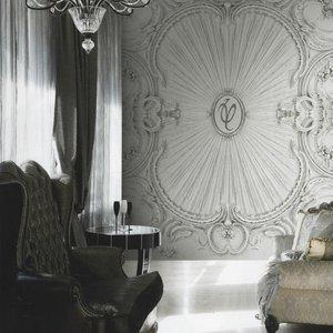 Спешите приобрести новинку в «Модных обоях»! В нашем салоне Вас уже ждет эксклюзивная коллекция обоев от Валентина Юдашкина!