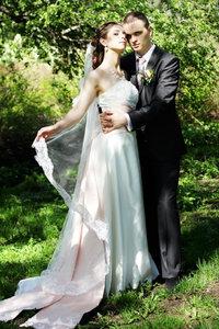 Свадебный фотограф в Туле - от чего зависят цены на свадебную фотосъемку?