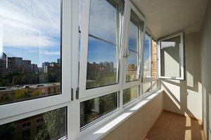Доверьте остекление балкона нашим специалистам!