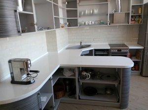 Кухонные столешницы: фото в интерьере