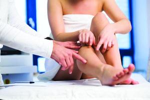 Вылечить варикоз ног без госпитализации в стационар за один день возможно!