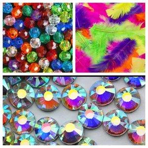 Ваш праздник будет незабываемым, мы позаботились об этом!!! Поступление Новогоднего ассортимента(боа, перья, бусины, стразы, карнавальные маски)