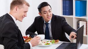 Доставка комплексных обедов в Оренбурге: быстро и по доступным ценам!