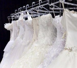 Химчистка свадебных платьев - устраним любые загрязнения!