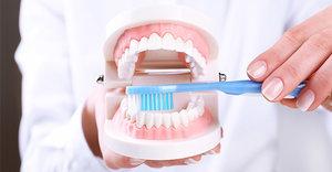 Сделать профессиональную чистку зубов в Вологде
