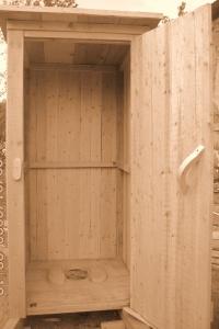 Дачные ограждения,пролеты, Дачные туалеты,штакетник.
